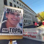 Marcha por Topa frente a Tribunales